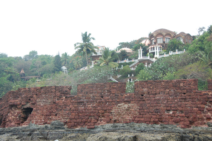 Mansion on the Aguada hill