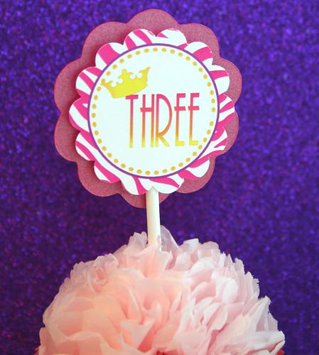Fancy Nancy Cupcake 2