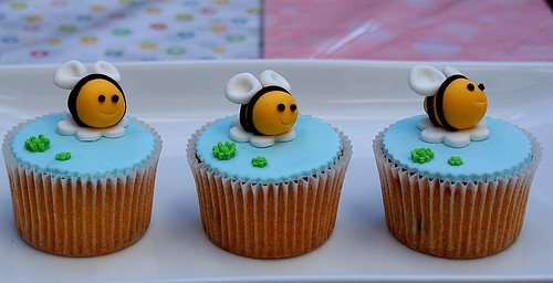 Busy Bee Cupcakes