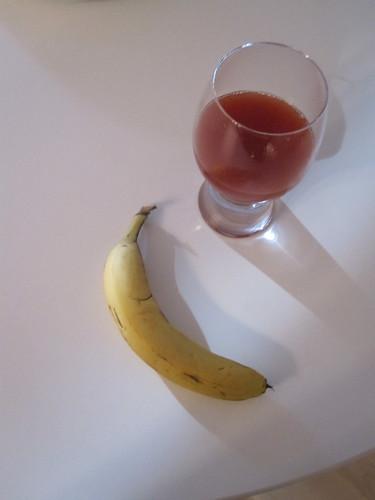 Tomato juice, banana
