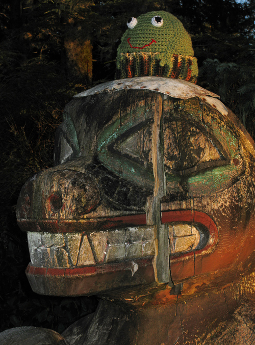bear totem with a frog hat, Kasaan Totem Park, Kasaan, Alaska