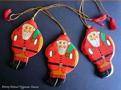 kerstmannen / Christmas decoration from GOA (dietmut) Tags: travel november india tourism reisen asia goa journey christmasdecorations 2009 reizen azië federalstate panasoniclumix kerstman dmcfx500 dietmut kerstdecoraties deelstaat