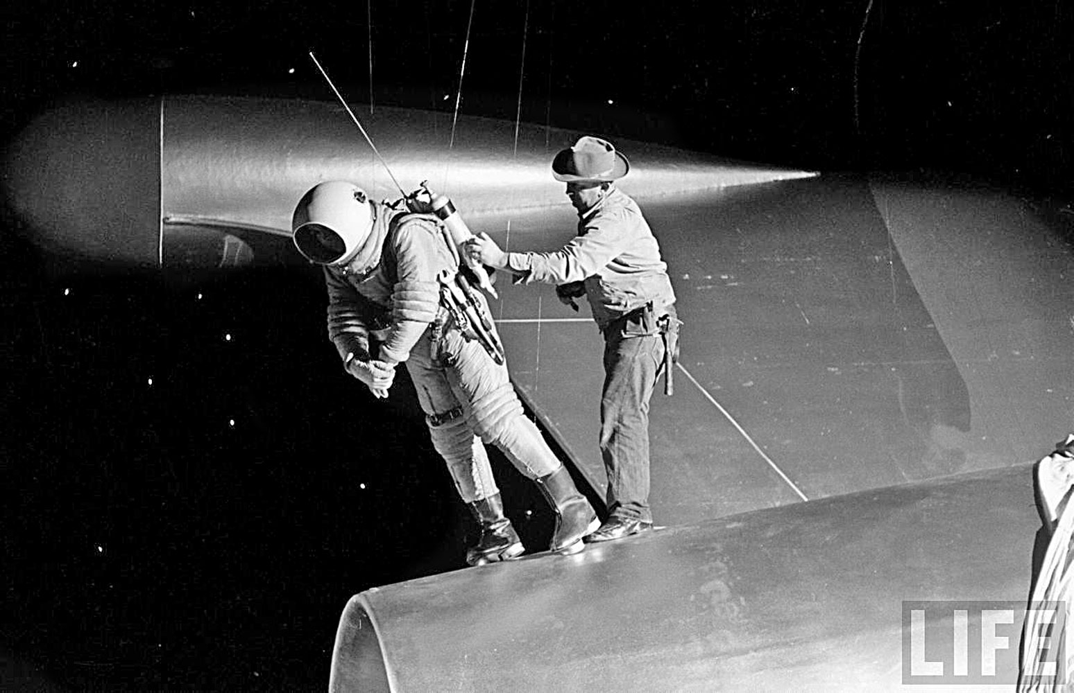 50s space suits - photo #37