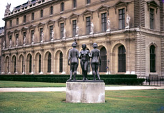 Three graces (long.fanger) Tags: paris france louvre threegraces