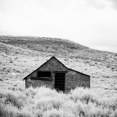 A House Out at the Edges of the City (Thomas Hawk) Tags: california bw usa abandoned unitedstates unitedstatesofamerica ghosttown bodie monocounty natureshand