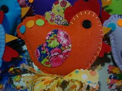 Cocó (Viva as Cores - Márcia Aki) Tags: orange color cores galinha laranja craft felt bolinhas feltro chita chiken chaveiro móbile colorido sachê ventosa