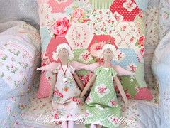 Hexagon cushion (*ShabbyRosesCottage*) Tags: roses gingham patchwork darla kissen cathkidston greengate vichykaro tanyawhelan