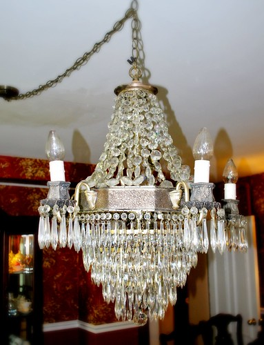 A Clean & Shiny Chandelier