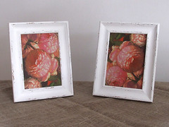 "Pictures ""Roses"" with shabby chic frames"