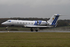 N770XB - 4117 - Private - Gulfstream G450 - Luton - 091103 - Steven Gray - IMG_3254
