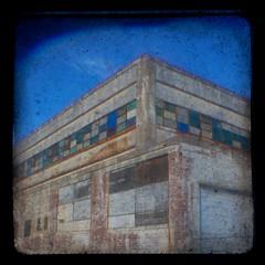 sunshine biscuit (vistavision) Tags: windows ohio abandoned cookie factory biscuit dayton ttv