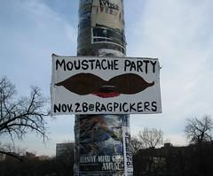 Mo - mo -moustache party !