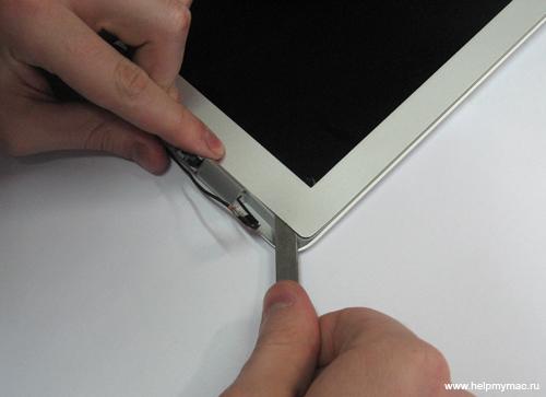 Снимаем матрицу MacBook Air