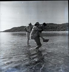 Fenton Kilkenny carrying Anne Archbold ashore on El Templo Island