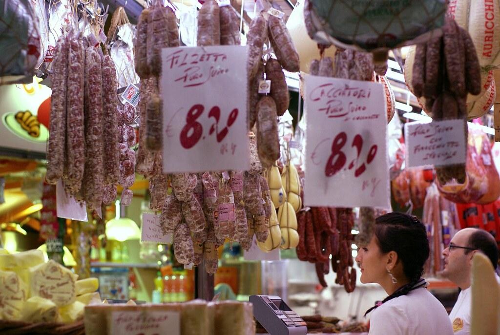 Kleidermarkt italien