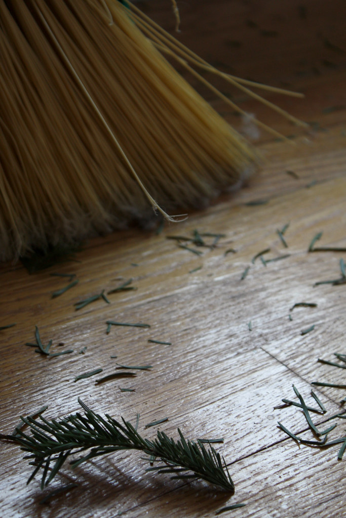 Sweeping Needles