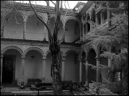 7.- Hospital de los honrados viejos del Salvador...