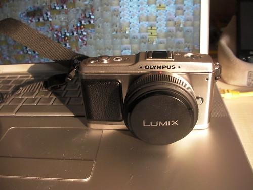 Olympus E-P1 with Panasonic pancake lens
