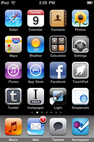 home screen. iChris. ipod touch