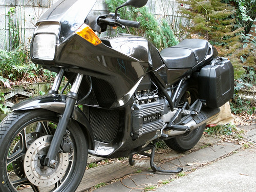 BMW K75S with Citycase