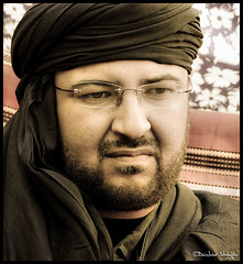 Majed Egrira   ! (Libyan Photographer) Tags: portrait black portraits glasses friend majed            tagelmust  egrira