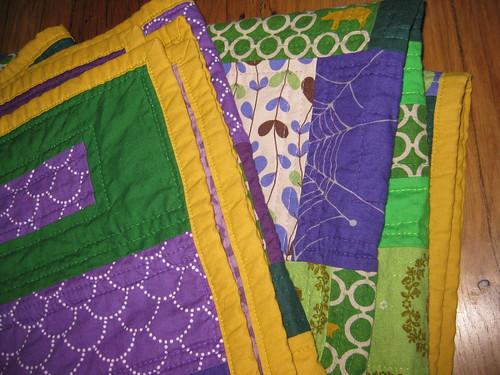 green violet quilt detail binding