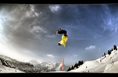 #72/365 Upside Down (iPh4n70M) Tags: park blue sky mountain snow ski france clouds montagne project french photography photo jump nikon freestyle raw photographer photographie skiing board fisheye bleu ciel photograph single tc snowboard neige 365 nikkor nuage rider hdr saut snowpark acrobatic avoriaz photographe nikkon 105mm acrobatique francelandscapes tcphotography ph4n70m iph4n70m tcphotographie