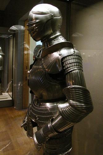 Maximilian armour by THoog.