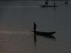 Rio Niger a su paso por Mopti Mali 40 (Rafael Gomez - http://micamara.es) Tags: rio niger river de it viajes paso su through mali por passes mopti reflectionslovers