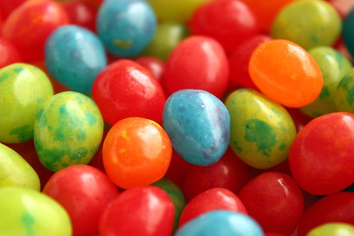 egg-shaped jelly beans