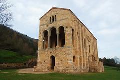 Santa Mara del Naranco (depuntillas) Tags: asturias asturies santamaradelnaranco