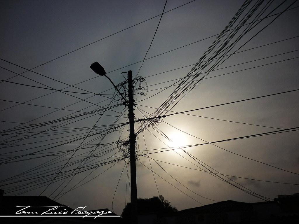 el sol atrajo la calidad de los objetos ilustrados en el lente..