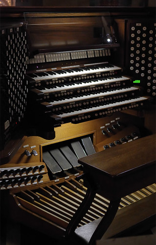 Cathedral Basilica of Saint Louis, in Saint Louis, Missouri, USA - pipe organ console