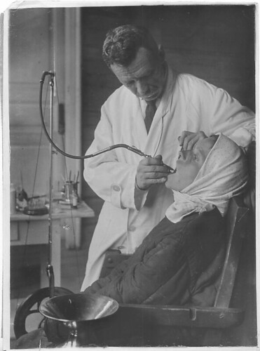 Traveling Dental Station, Moscow District, Village Medveditsak Kirmy (May, 1931)