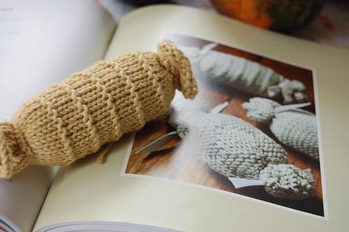 sachet knit
