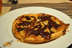 Tarte fine aux poires sauce chocolate - crep de chocolate con tarta de pera
