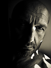 2009-CLAIR OBSCUR (lolito de palermo) Tags: selfportrait sepia ego autoportrait moi visage
