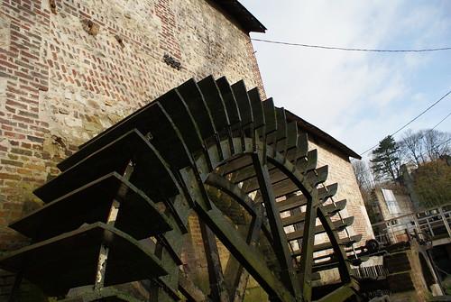 Roue à aubes du Moulin Saint-Gilles
