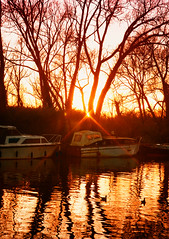 Star filter sunset (zoepoo1407) Tags: sunset st boats canal andrews norfolk thorpe