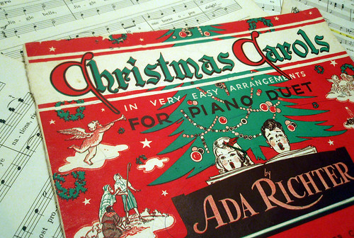 Christmas Carols (in very easy arrangements)