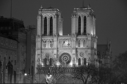 Paris by Night, Notre Dame