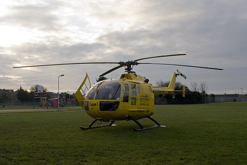 Hamphire and Isle Of Wight Air Ambulance Lands In Our Park!
