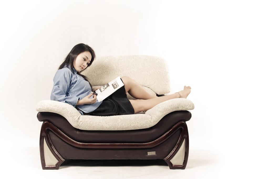 李卓 Li Zhou Studying