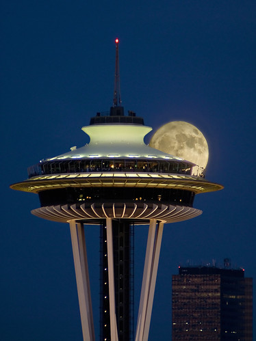 Photo Space Needle by © Frank Melchior, Seattle, WA, include in new article on my new Blog...
