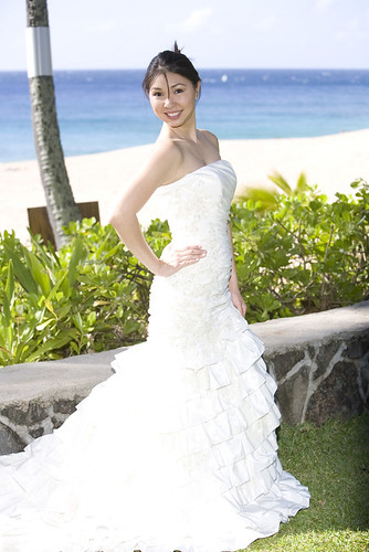 Romantic Ruffled Beach Wedding Dress with train
