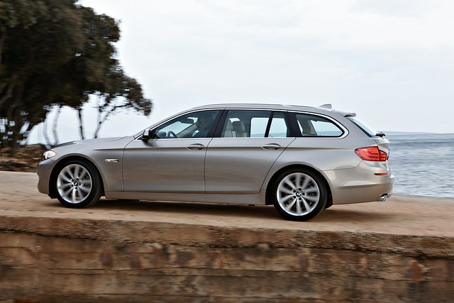 bmwna disappointed with 5gt sales & plans to keep 3 series wagon