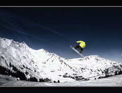 #75/365 Drawing the sky (iPh4n70M) Tags: park blue sky mountain snow ski france alps clouds montagne alpes project french photography photo jump nikon freestyle raw photographer photographie skiing fisheye bleu ciel photograph single tc snowboard neige 365 nikkor nuage nuages hdr saut sapin snowpark acrobatic avoriaz photographe sommet 105mm acrobatique francelandscapes tcphotography ph4n70m iph4n70m tcphotographie