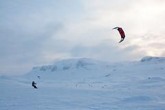 Haukeli (TrulsHE) Tags: winter sun white snow kite cold sol norway norge vinter cloudy cult 105 kiting dnt snø kiteskiing haukeli snowkiting naish kaldt hvitt overskyet fjellstue haukeliseter turistforeningen