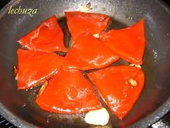 Filloas de piquillo con bacalao-piquillos