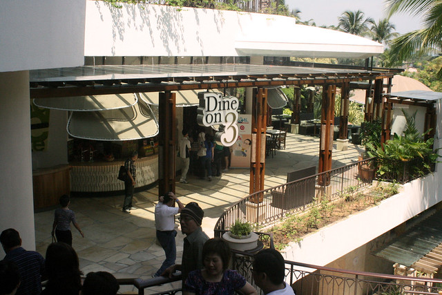 Dine on 3 is three eateries in one at Shangri-la Rasa Sentosa Resort